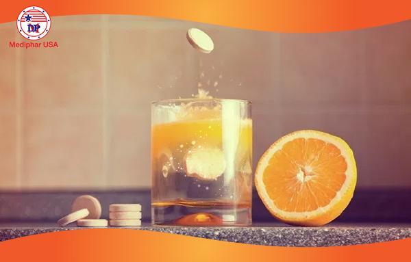 Viên C sủi là một dạng viên sủi bọt giúp bổ sung vitamin C cùng một số vitamin và khoáng chất thiết yếu khác